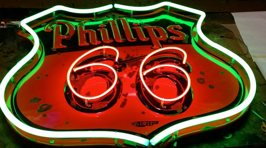 skyline sign neon - photo #26